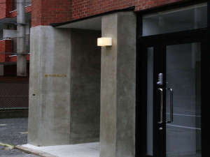 The Gate Casa Familiar