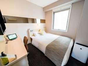 ダブルベッドルーム ☆眠りを追求した150cm幅のベッドでぐっすり☆