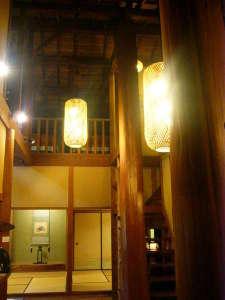 古民家とログハウスの融合空間