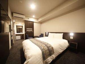 ◇禁煙◇デラックスクイーンルーム 22平米 ベッド160×195センチ