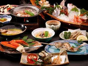 夕食一例  その日獲れた地魚によりメニュー変わります