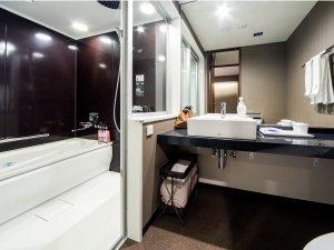 セミセパレートバス:ツイン・ハリウッド・スーペリアダブルのお部屋はお風呂とトイレが別々♪