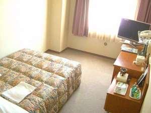 シングルルーム ベットサイズ 130×210 セミダブルサイズベットで広々快適なひとときを♪