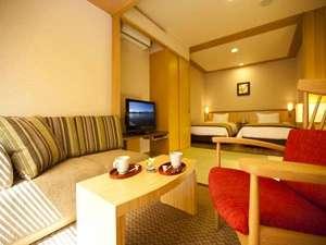 【和洋室例】家具やインテリアは大自然に由来するアースカラーを基調に