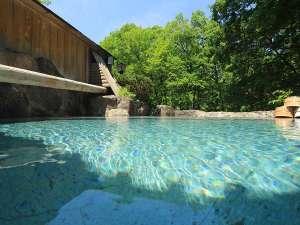 【源泉かけ流し】露天風呂 殿方大浴場「森のかなで」