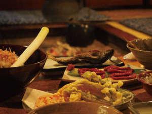 【冬季限定】「大内宿」の囲炉裏端で味わう奥会津ふるさとの味あい(※料理イメージ)