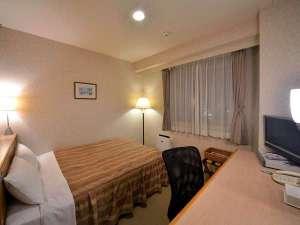 【ダブル】全室空気清浄機完備☆カップルやご夫婦におすすめ。明るく清潔なお部屋。