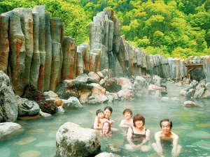 北海道最大級の敷地面積200坪の大露天風呂  『宇旅璃(うたり)』