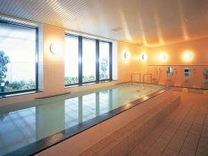 旅の疲れをゆっくりと癒してくれるご宿泊者様専用浴場。