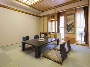 ◆和室~天然モール温泉の内湯付き~