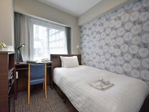2019年7月、全客室リニューアル完了。家具を新調しより清潔・快適・安心にご宿泊頂けます。
