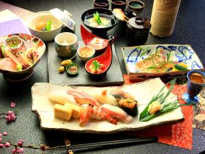 和料理と湯の宿 周山 image