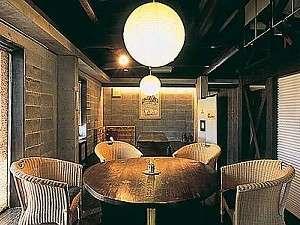 大人の隠れ家ホテル特集・九州・沖縄編 高原の別荘 いろはにほへ陶