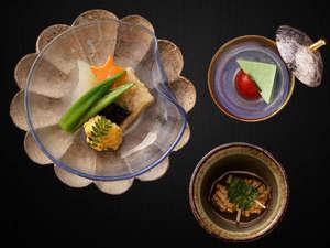 「美味少量会席」は女性やシニアのお客様におすすめのプランでございます♪