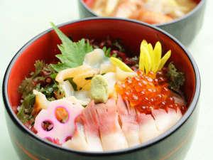 ■日高三寒王丼「新冠海鮮丼」(1/20~2/19)