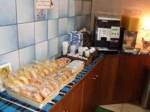 朝軽食サービス開始!ご自由にご賞味下さいませ。