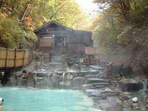 ホテルから徒歩で5分で行ける大露天風呂