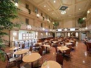 【朝食無料サービス☆】朝食会場は、ホテル3階にございます。ゆったり寛ぎながら、お召し上がりください。