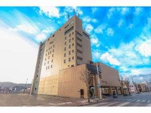 静内随一の高さを誇る9階建てランドマーク的ホテル