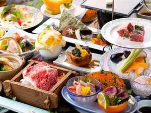 豊後牛の陶板焼きとセイロ蒸しなどが楽しめる品数豊富な会席料理