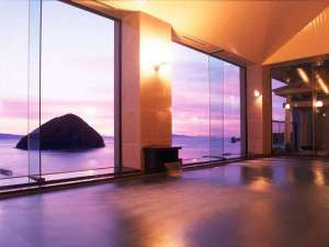9F展望大浴場から望む夕景