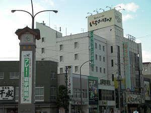 水沢駅側から見たホテル外観