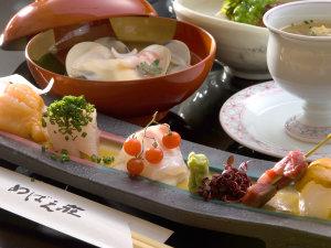 ◆旬の素材をふんだんに使用した創作会席料理