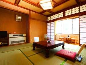当館のおまかせ和室です。ご予約される人数によって適した広さのお部屋をご用意いたします。
