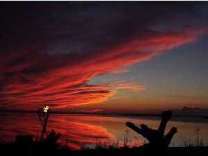 サロマ湖の夕日(春~秋)/何もない贅沢と、どこにもない夕景の感動を。