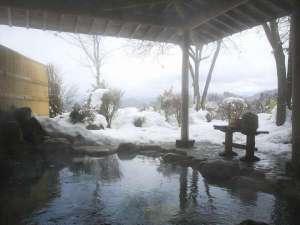 冬と言えば温泉!そして雪見露天。ほっこりあったか温泉をお楽しみください。
