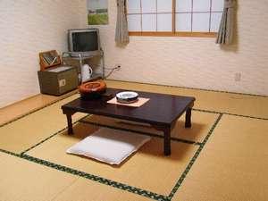 6~8畳の和室です。足を伸ばして寛ぎたい方におススメ。