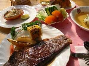 淡路牛サーロインステーキコースディナー! 大好評をいただいています。