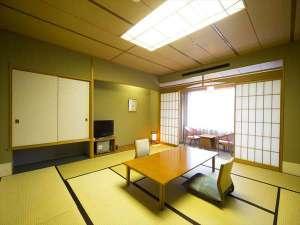 【和室】家族・グループ旅行に最適な10~12.5畳の和室です。