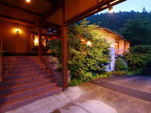 【オトナゼイタク】豪華絢爛な旅館に飽きた方へ...『大人の贅沢』をお楽しみください