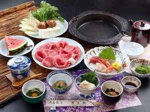 【すき焼きコース】季節の味わいと良質な牛のすき焼きをコースで