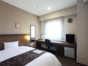 ◆スタンダードシングル◆ ・広さ18㎡ ・ベッド幅140cm