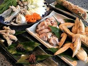 夕食一例/ハートフル鍋は地鶏の3種類以上の部位と10種類以上の地元産の旬野菜を使用!