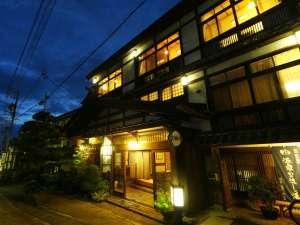 村のミニ画廊 民家造りの宿 奈良屋旅館のイメージ