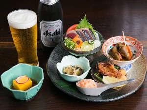 鰹タタキ、チャンバラ貝などお酒にぴったりのアテが付いた晩酌セット!