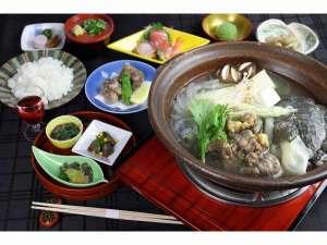 1階日本料理「胡蝶」旬の高級食材を取り入れた特別コース(スッポンコース)