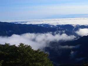 埼玉方面を望める17畳の部屋からの雲海