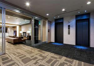 スタイリッシュで洗練された空間【5階エレベーターホール】