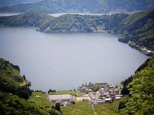 三方五湖と山々!当館は豊かな自然いっぱいに囲まれとっても静かでのどかな所です。