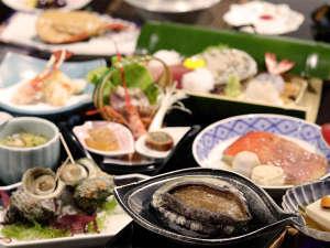 【夕食】季節ごとの美味をご堪能下さい(春夏一例)