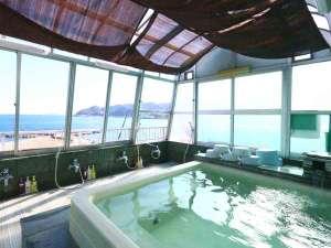 男性風呂◆熱海の海を一望できる屋上展望風呂!