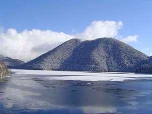 初冬の然別湖