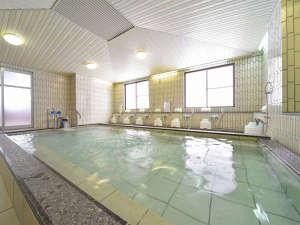 【大浴場】清流長良川の最源流・大日岳のきれいな伏流水を使用しております(温泉ではありません)