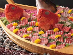 金目鯛お造り船盛り。9/1~11/30まで「大漁!金目鯛祭りバイキング」