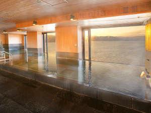 >【14F温泉展望浴場】14階から信州の雄大なパノラマが広がります