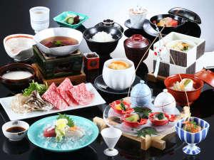 当館人気No1旬菜会席:季節ごとに調理長自らこだわり抜いた会席料理をご堪能ください。